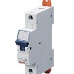 Миниатюрный автоматический выключатель 1 полюсный 16А 6kA C характеристика