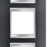 3-местная рамка из технополимера (вертикальная)